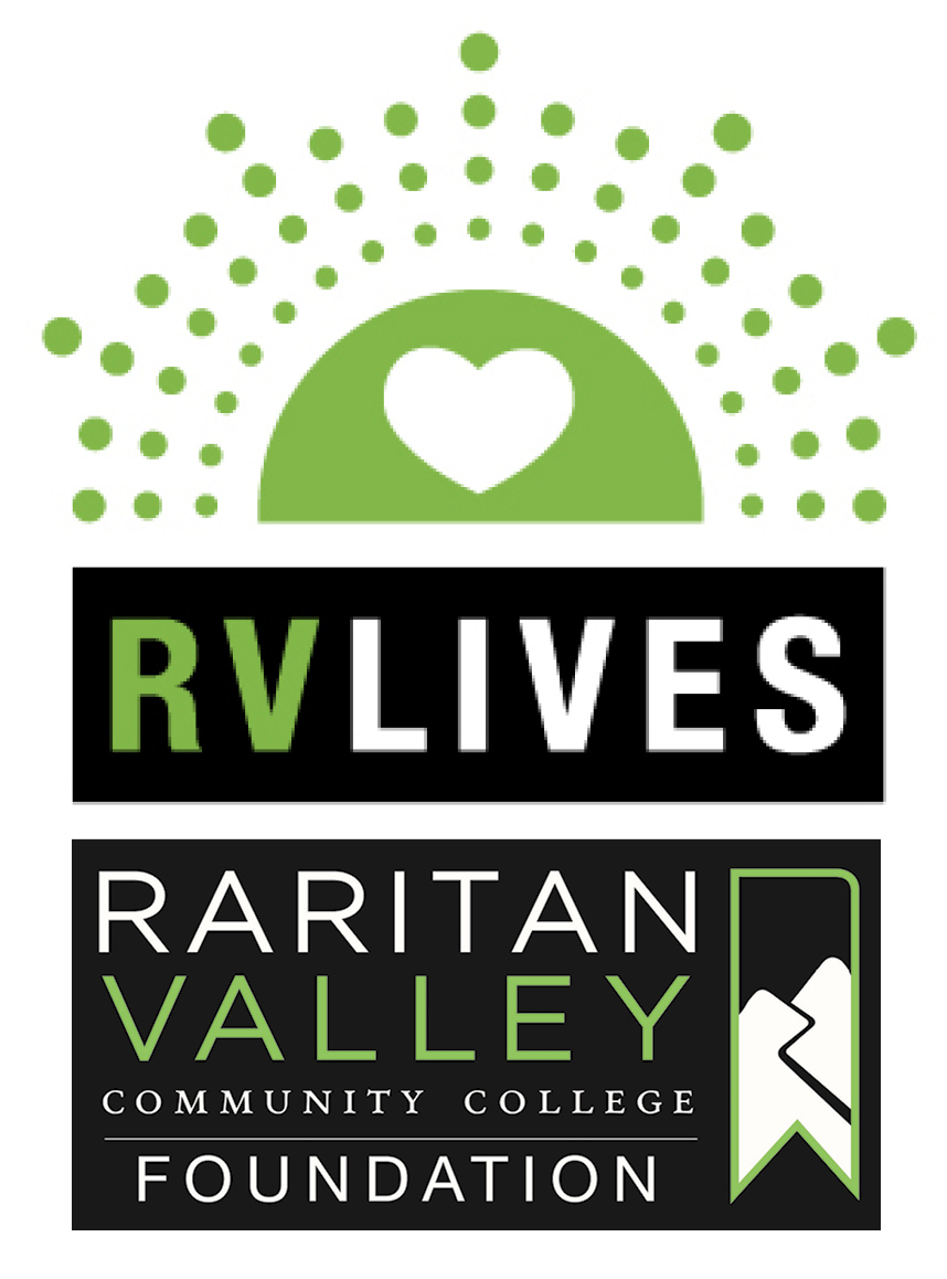 RV Lives logo
