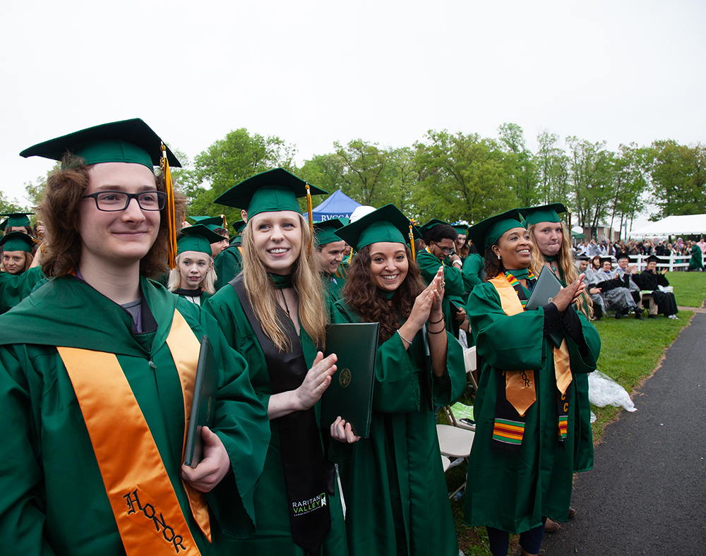 small lines of grads