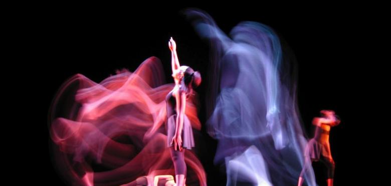 contemporary dance in motion