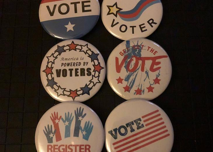 6 voting buttons
