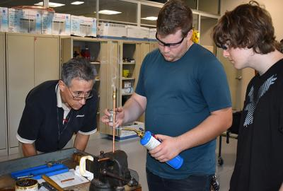 paul flor and hvac students