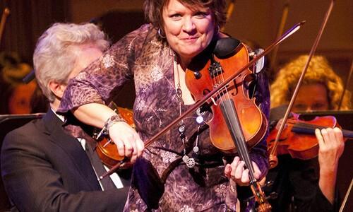 Fiddler Eileen Ivers
