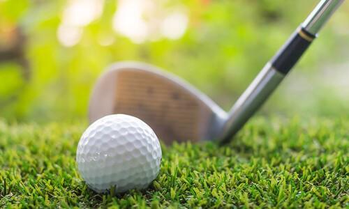 golf club and golf ball